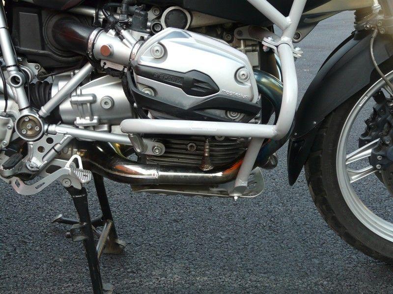 Padací rámy BMW R 1200 GS (04-07) Stříbrné-spodní na motor RD moto
